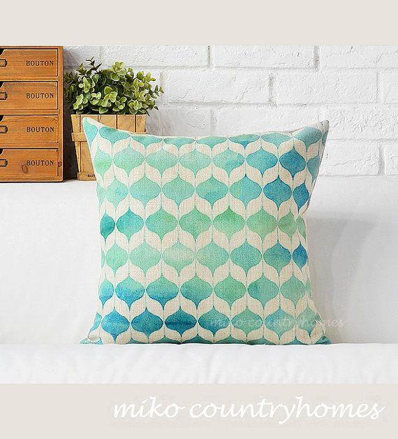 "$15   Geometric Art   Decorative Home Decor Pillow Cover   45x45cm 18""x18"" #homedecor #pillowcover #geometricart #geometrica #throwpillows"