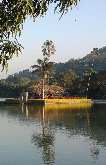 #Kandy - Lake #srilanka bookings@inspirevoyage.com http://holidays-in-lanka.co.uk/