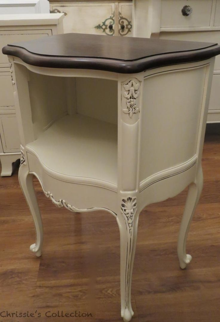 Provincial further grey painted french provincial bedroom furniture - See The Potential In A Curvy Piece Of Furniture Looks Fab Painted From Chrissiescollection Painted French Provincial
