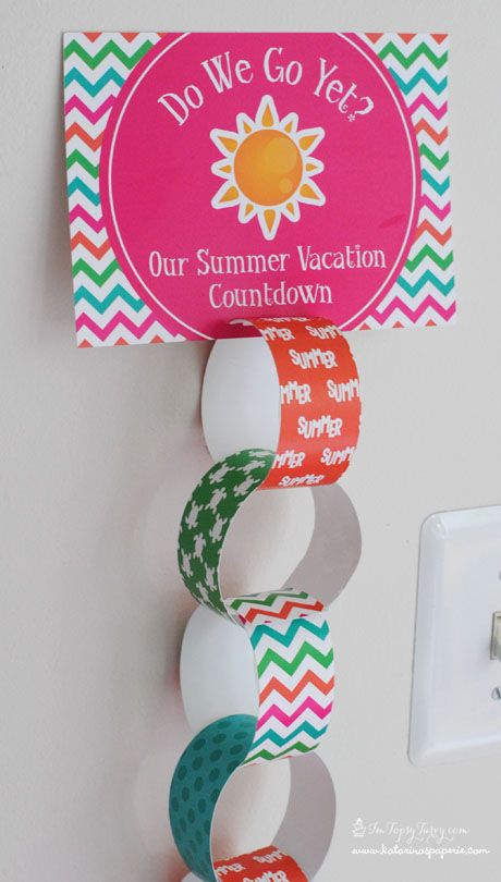 paper chain summer travel countdown calendar - nice trick for helping kids see how many days until the trip - free printable