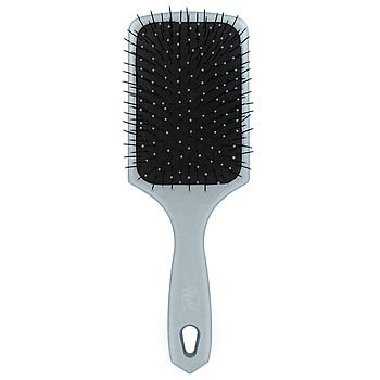 Azure WET BRUSH. I need another one ASAP & folica.com says the product is not available. What?! lol