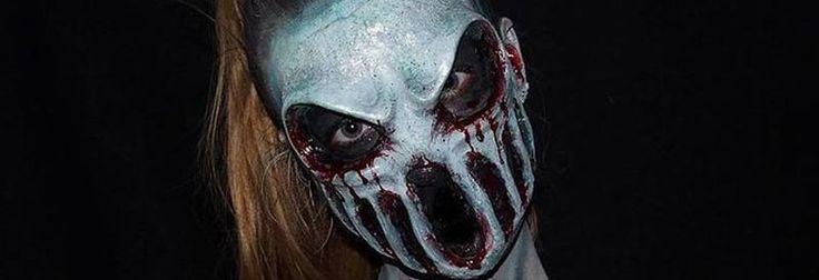 Lara Wirth ist eigentlich ein 16-jähriges Mädchen aus Australien. Doch sieht man sie verkleidet, könnte man denken, sie komme direkt aus einem Horrorfilm. Geniale Body-Painting-Make-up-Artworks, die sie in diverse Monster und Fantasiewesen verwandelt. Weitere Bilder von ihr gibt es auf Instagram...