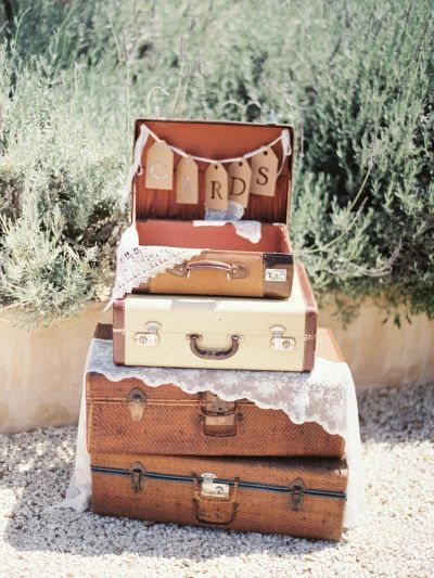 vinatge suitcases and lace wedding decor ideas - Deer Pearl Flowers