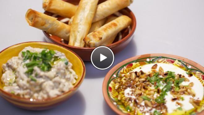 Moutabal, labne bil toum (snelle labne met knoflook) & filodeegsigaartjes met haloumi - recept | 24Kitchen