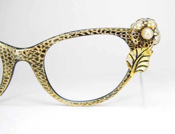 Vintage Tura Cat Eye Eyeglasses ... love them!