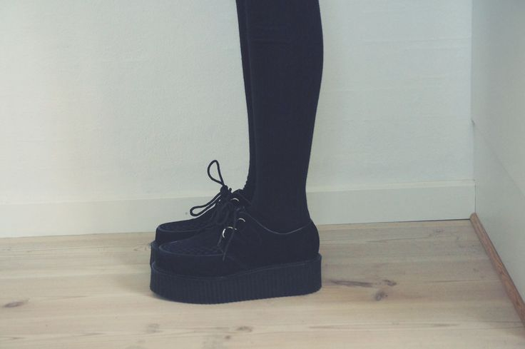 Creepers.  I need a pair.