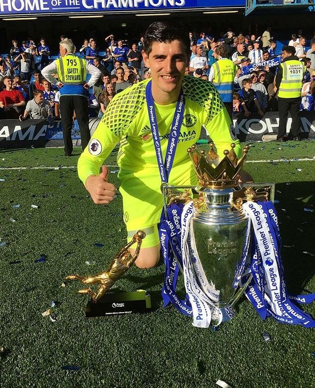 Thibaut Courtois and his trophies of the 2016/17 campaign.