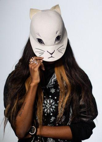 Vogue encargó sus máscaras de Halloween a diferentes diseñadores de moda