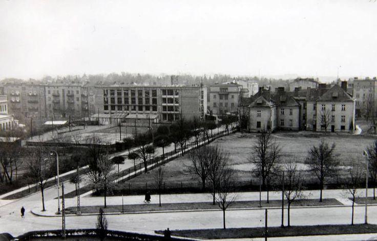 Zdjęcie z przełomu 1953 i 1954 roku, Teatru w Budowie jeszcze nie ma.