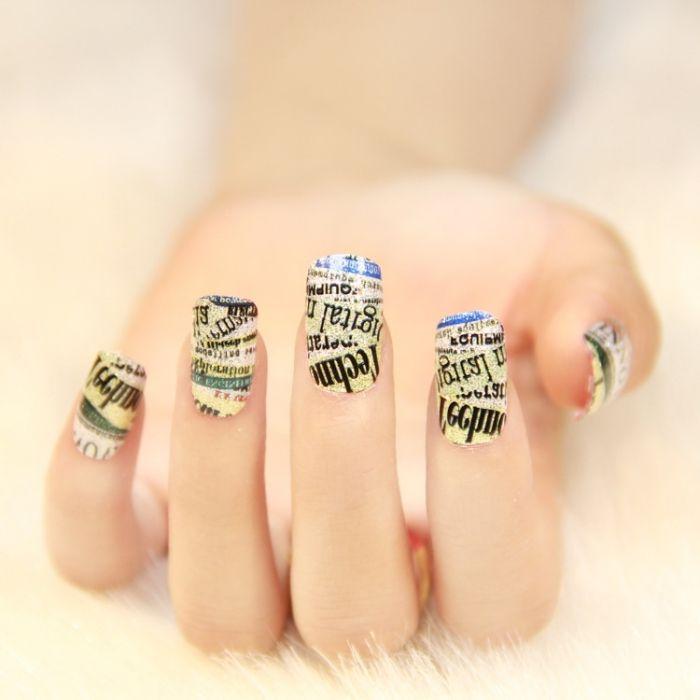 Nail Art in Zeitungs-Look-frisches Design zum Selbermachen