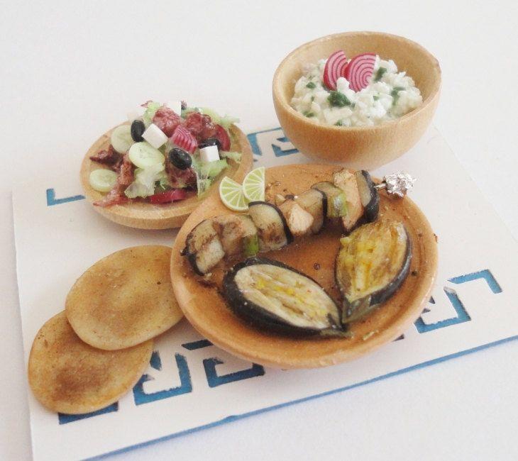 The Mini Food Blog: Greek Dinner ~ Orsi Skulteti