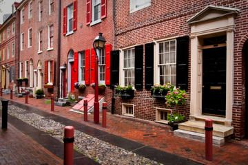 Elfreth's Alley Tours, Trips & Tickets - Philadelphia Attractions ...
