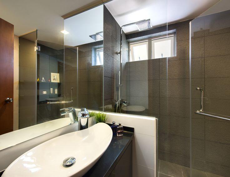Costa Del Sol bathroom