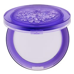 Another Pinner--->Ah - Urban Decay's De-Slick Matifying Powder. A true miracle worker! If you have combination/oily skin like me (I'm Latina, oil happens), you'll get great use out of this product! It blots oil and eliminates t-zone oil. It completely saved me at my brother's wedding in Mexico. Oil is not cute!