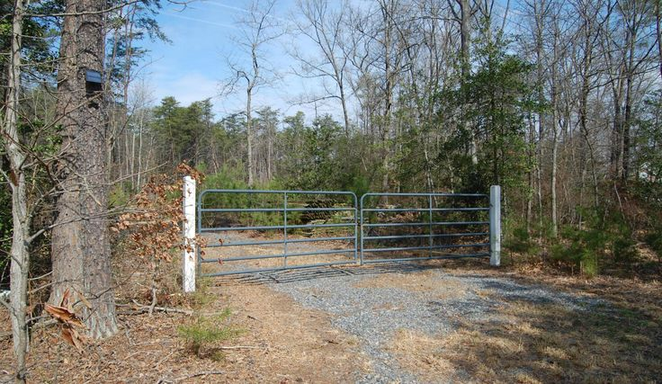 1115 White Oak Road, Fredericksburg, VA 22405 Nestle your dream home in this close in, almost 5 acre lot in a sought after south Stafford location. $10k driveway installed. $7k of split rail fencing on site for you to use to accent your newly constructed home. Bring your builder! This location, this size lot, this price, this one won't last long! Boundary survey is available. Get started designing your dream home now!