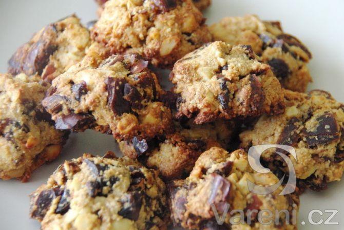 Recept na velmi dobré sušenky s datlemi a ovesnými vločkami.