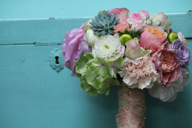 Gorgeous wedding bouquet in blush blue and green. Modern and fancy. Design by Blickfang Tropp, Austria
