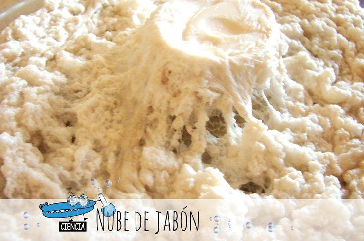 Experimento: Una nube de jabón en el microondas. Un experimento divertido para niños. :) http://www.manualidadesinfantiles.org/experimento-jabon-microondas