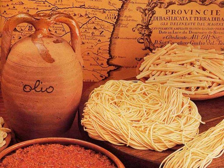 Hand made pasta in Basilicata. Italy | Basilicata Food ...