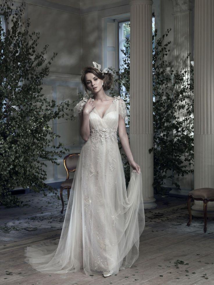 34 best wedding dress images on Pinterest | Dream wedding, Wedding ...