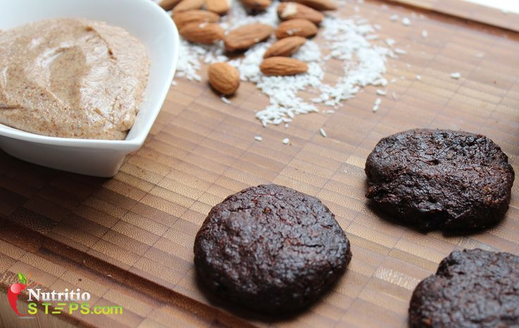 PALEO CHOCOLATE COCONUT EGG, DAIRY, GLUTEN AND GRAIN FREE MINI BISCUITS