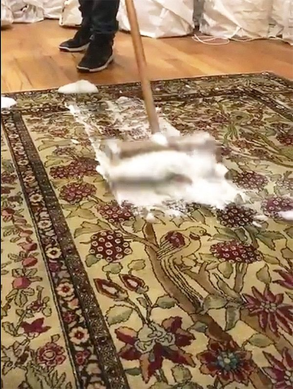 Rug Cleaning Antique Oriental Rug And Carpet Cleaners Nyc Oriental Rug Cleaning Cleaning Area Rugs Rug Cleaning Diy