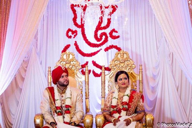 Gujarati Bride and Punjabi Groom at Mahwah Sheraton - Indian Wedding. Best Wedding Photographer PhotosMadeEz, Award winning photographer Mou Mukherjee. Along with Henna for All - Monita Bijoria.Featured in Maharani Weddings