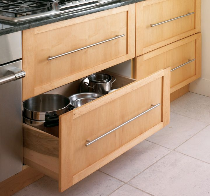 Deep storage drawers full extension glides kitchen for Divan 2 2 drawers