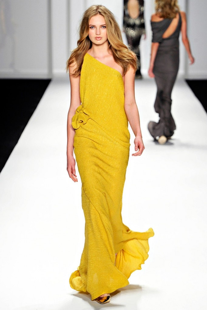 Awesome J Mendel Evening Gowns Vignette - Images for wedding gown ...