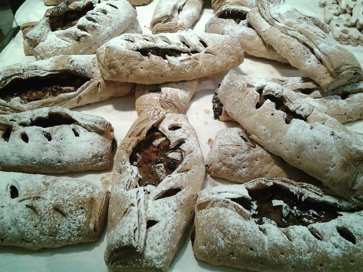 Che ne dite di delizioso #strudel per #merenda? #mostrartigianato #mostrart2015 #food #cibo #italianfood #taste #good #happy #elmepe #lariofiere #gusto