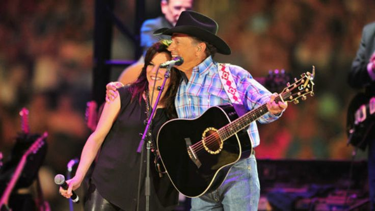 George Strait and Martina McBride sing George & Tammy song 'Golden Ring'