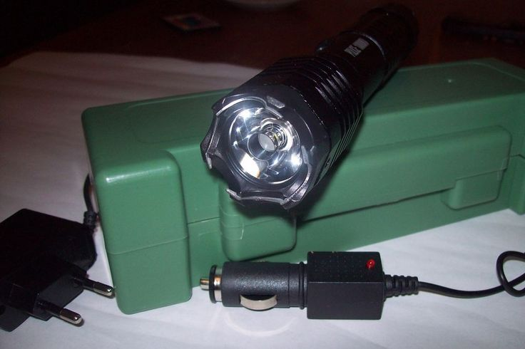 new 2017 Tourch Police  Electric Shock  LED Flashligh replaceable batteries ,,