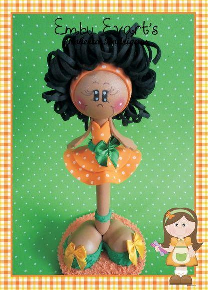 Caneta em eva decorada menina moreninha