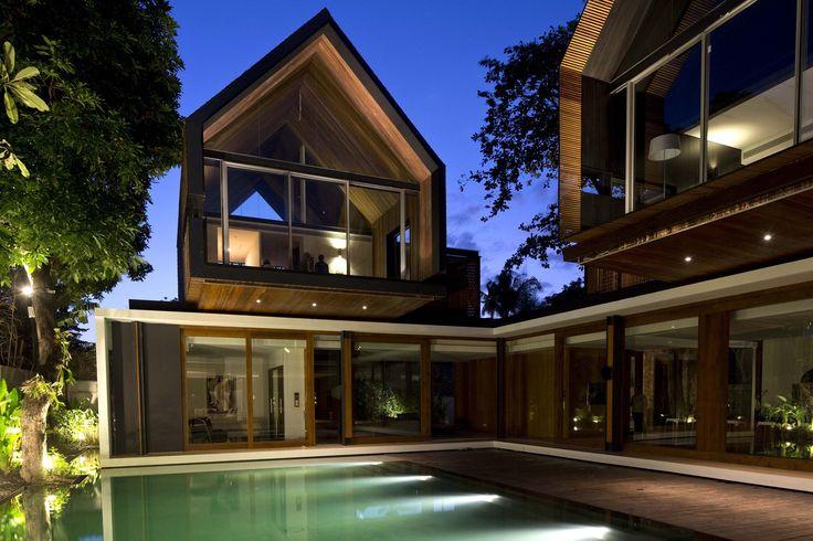 Gallery of Svarga Residence / RT+Q Architects - 13