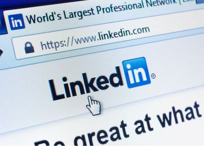make your LinkedIn profile more professional by lfmlucas