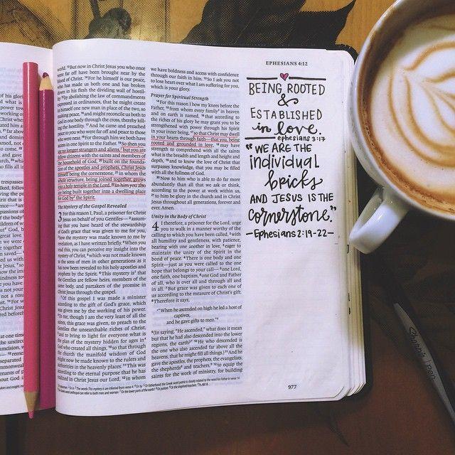 Steena's DBD: Ephesians 2:19-22 & 3:17 ❤️ #SteenasBible #doubledoodle #ephesians #berooted #cornerstone #handlettering #artistBible #typography #Jesusfreak #Christ #Jesus #Christian #Bible #Bibleverse #blessed #journalingBible #Biblejournaling #Biblejournal #illustratedfaith #Biblejournalingcommunity