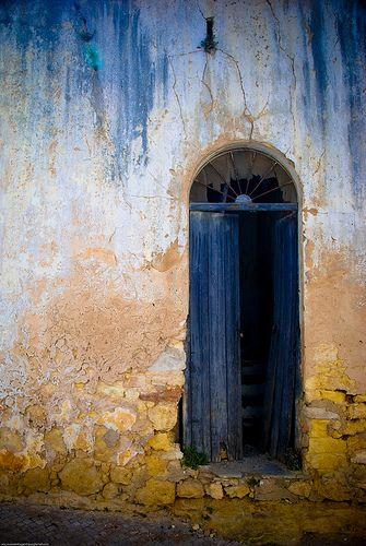 lovely moody doorway.... Carvoeiro, Portugal