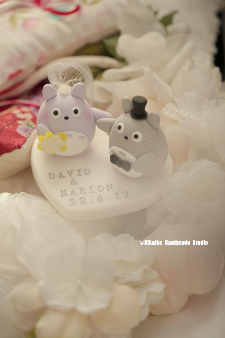 Totoro トトロ bride and groom custom wedding cake topper, japanese characters cartoons cake topper #weddingideas #planning #weddingseason #claydoll #ceremony #handmadecaketopper #initials #bouquet #unique #gift #cakedecor #marriage #justmarried #結婚式 #Boda #Hochzeit #nozze #kikuikestudio