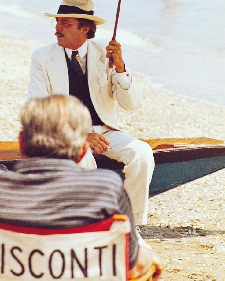 Luna de actores y directores. Luna en ♌ #Leo. #dirkbogarde #luchinovisconti #mahler #thomasmann #astrology #zodiac #films #movies #cinema #oldmovie #classicmovies #greatmovie #deathinvenice