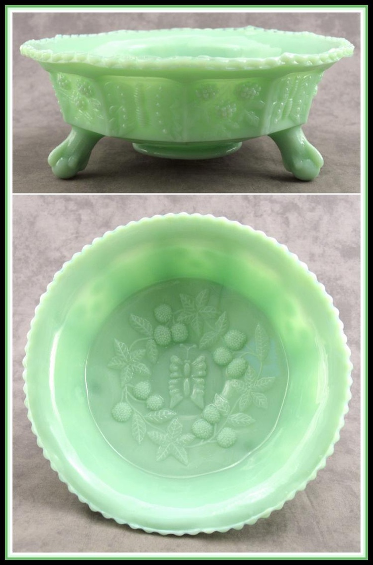 JADEITE GREEN GLASS BERRY BUTTERFLY CENTERPIECE BOWL w/ CLAW FOOT ...