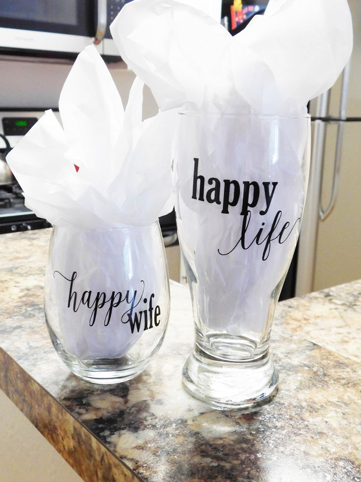 Happy Wife Happy Life Glass Set, His and Hers Glass Set, Mr and Mrs Glass Set, Wine Glass and Pilsner Beer, Married Couple, Newly Weds