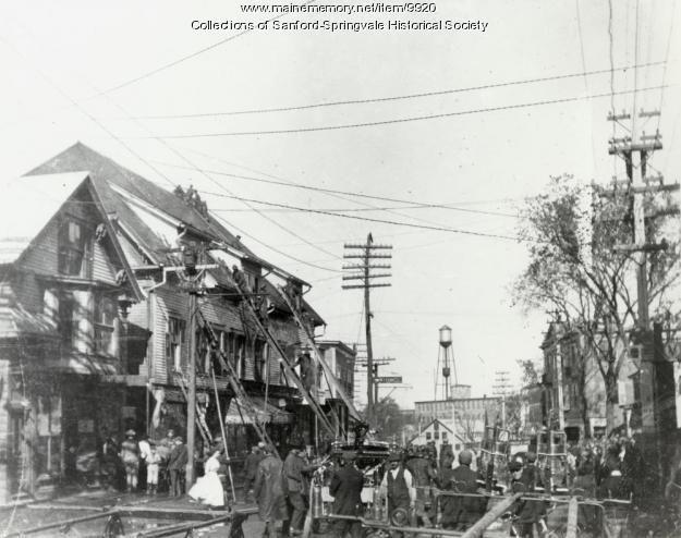 Fire on Washington Street, Sanford, ca 1900