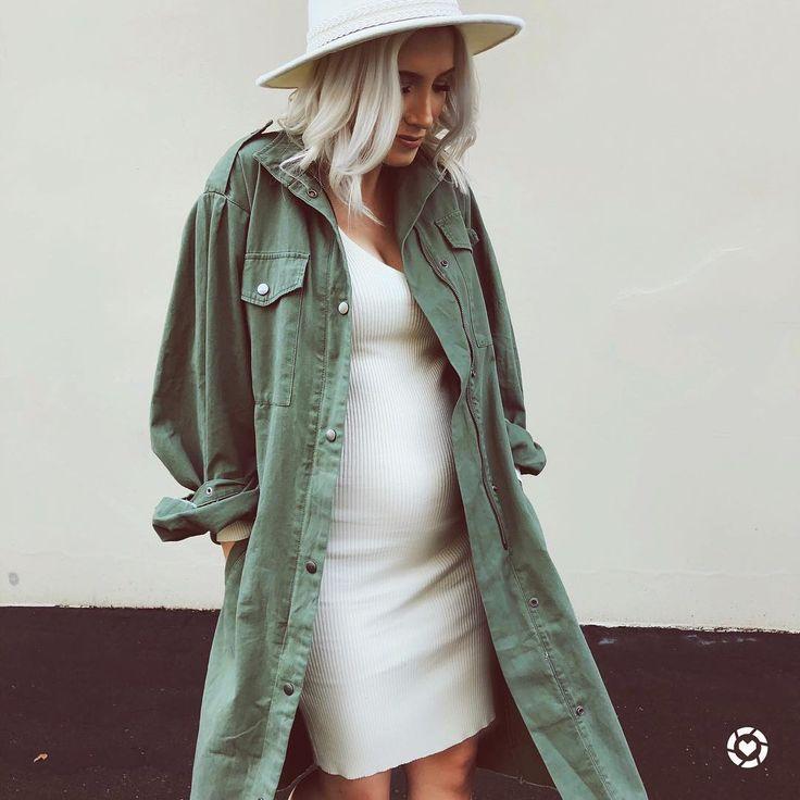 "3,715 Likes, 54 Comments – Katie Torwalt (@katietorwaltstyle) on Instagram: ""O …  – Preg wardrobe"