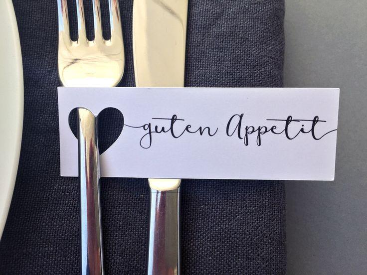 """Hochzeitsdeko - 20 """"Guten Appetit""""-Anhänger mit ausgestanztem Herz - ein Designerstück von FlitterBOOK bei DaWanda"""