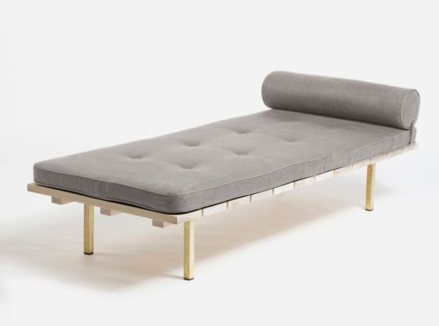 Day Bed Two / 6 Modern & Contemporary Daybeds  http://vurni.com/modern-stylish-daybeds/