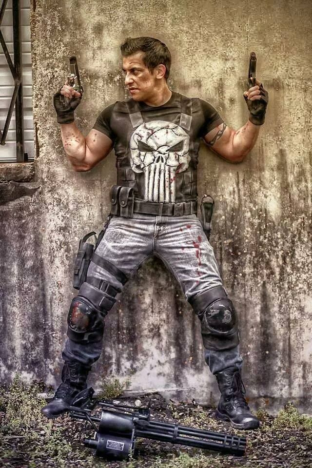 Incredible Frank Castle cosplay! Love Punisher! - 8 Punisher Cosplays