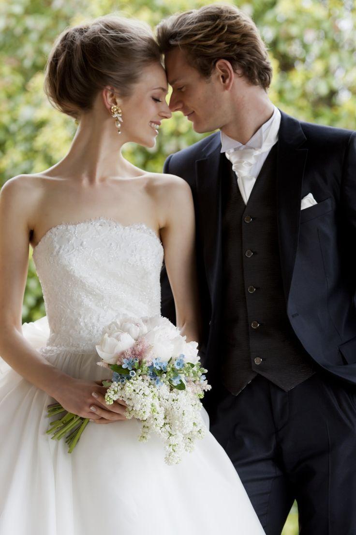 にっこり笑顔が似合う♡優しい印象の『おでこだしヘア』で世界一可愛い花嫁になる!にて紹介している画像