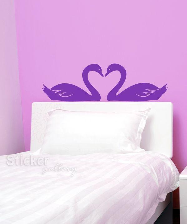 Κύκνοι που σχηματίζουν καρδιά - Αυτοκόλλητο τοίχου για εφηβικό δωμάτιο. Swans wall decal