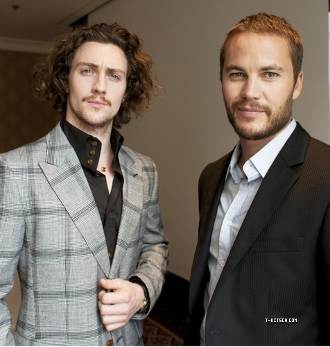 Aaron Johnson & Taylor Kitsch. SAVAGES  Great Movie!