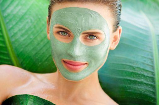Perejil para eliminar las manchas de la piel